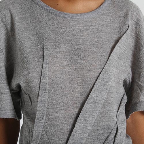 Ассиметричная футболка из тонкой шерсти Maison Margiela серого цвета, фото