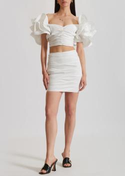 Белый костюм Elisabetta Franchi с драпировкой и рюшами, фото