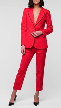 Брючный костюм Emporio Armani красного цвета, фото