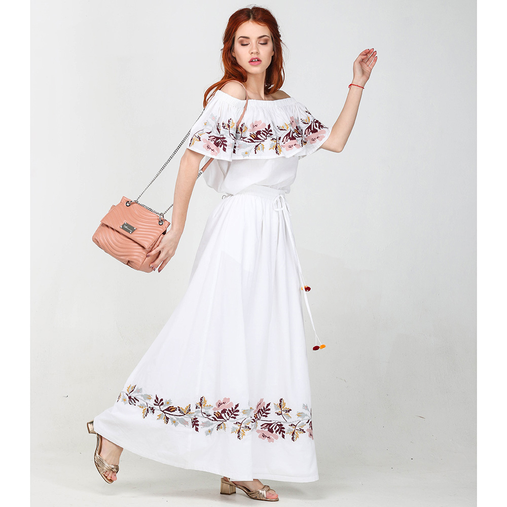 Костюм с длинной юбкой Emma&Gaia белый с вышивкой