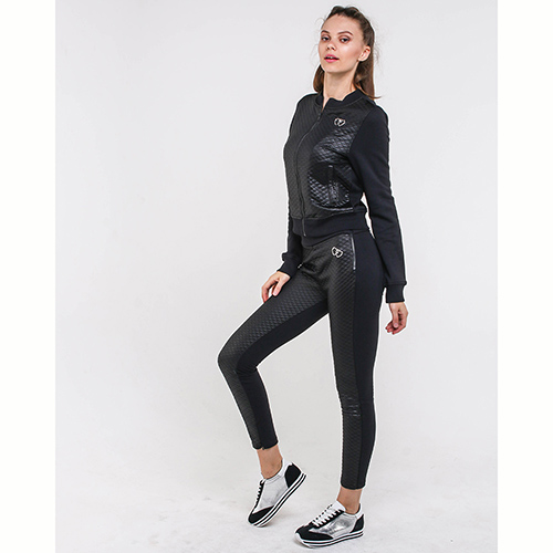 Спортивный костюм Love Moschino черного цвета, фото
