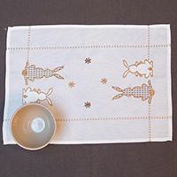 Салфетка с пасхальной вышивкой Villa Grazia Веселые ушки 35х50см, фото