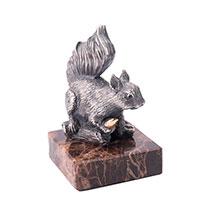 Серебряная фигура Оникс Белка с орешком, фото