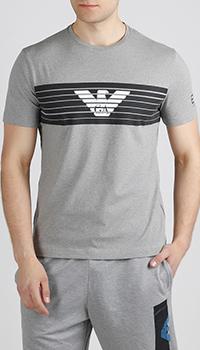 Серая футболка Ea7 Emporio Armani с фирменным принтом, фото
