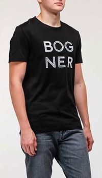 Черная футболка Bogner с белыми буквами, фото