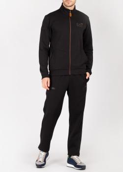 Спортивный костюм Ea7 Emporio Armani с яркими деталями, фото
