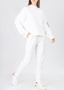 Белый костюм Iceberg Ice Play с контрастной строчкой, фото