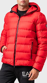 Красный пуховик Ea7 Emporio Armani с окантовкой, фото