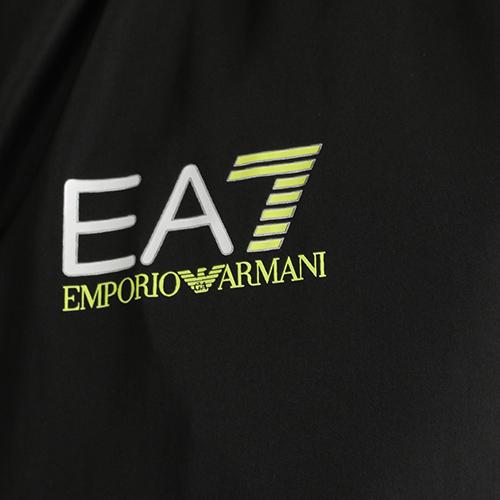 Ветровка Ea7 Emporio Armani с яркой полоской, фото