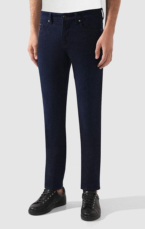 Синие джинсы Hugo Boss с логотипом на поясе, фото