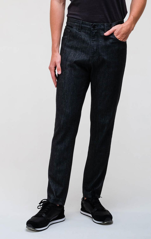 Черные джинсы Emporio Armani с вышивкой-лого