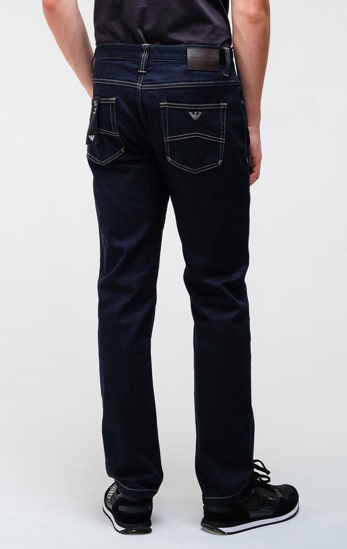 Темно-синие джинсы Emporio Armani с контрастной строчкой