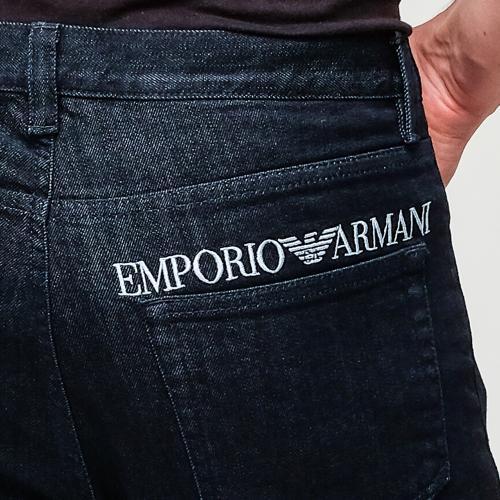 Джинсы Emporio Armani темно-синего цвета, фото