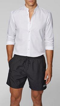 Мужские шорты Hugo Boss черного цвета с брендовым лого, фото