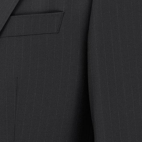 Черный костюм Hugo Boss в тонкую полоску, фото
