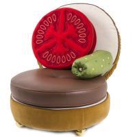 Кресло Seletti Burger в виде бургера коричневого цвета, фото