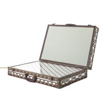 Зеркало Seletti Light Trunk в виде чемодана, фото