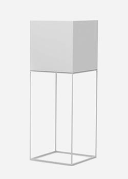 Садовый LED-светильник Vondom Vela в форме куба 112см, фото