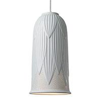 Подвесной светильник Ceramika Design Tropical декорирован листьями белого цвета, фото