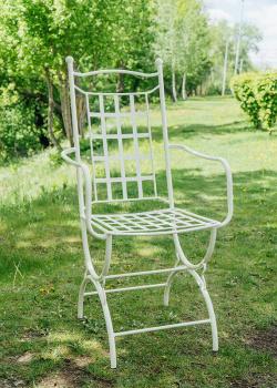 Кресло металлическое Villa Grazia молочного цвета, фото