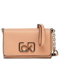 Бежевая сумка Calvin Klein с декором-логотипом, фото