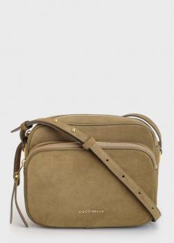 Замшевая сумка Coccinelle с золотистой фурнитурой, фото