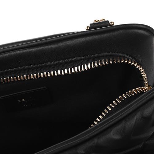 Черная сумка Fendi Upside Down с трехмерной текстурой, фото