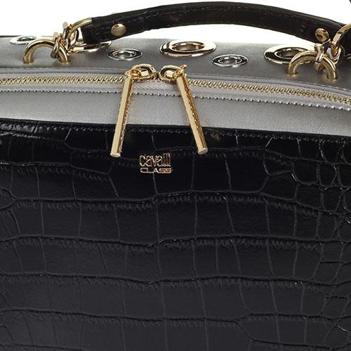 Сумка черного цвета с серебристыми деталями Cavalli Class с тиснением под кожу крокодила декорированная металлическими кольцами, фото