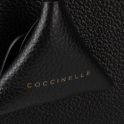 Сумка Coccinelle Didi Maxi из кожи черного цвета, фото