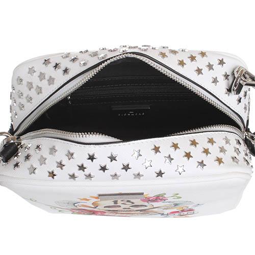 Сумка John Richmond Grace Jones прямоугольной формы белого цвета декорированная заклепками в виде звездочек, фото
