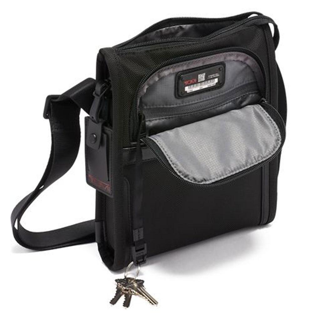 Прямоугольная сумка Tumi Alpha черного цвета