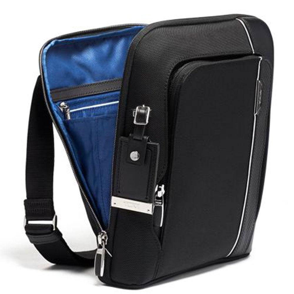 Мужская сумка Tumi Arrive Olten черного цвета