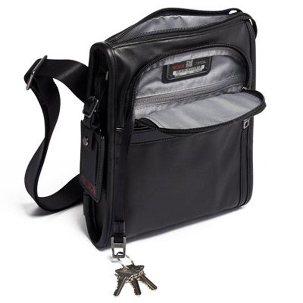 Сумка плечевая Tumi Alpha 3 Pocket Bag черная