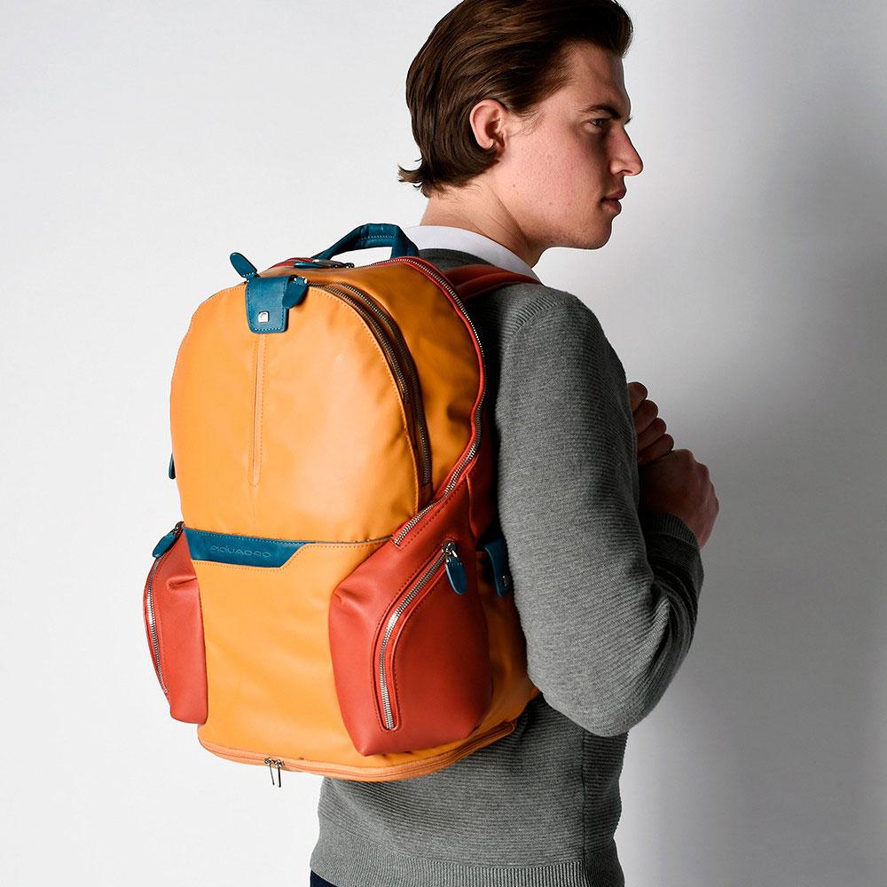 Рюкзак Piquadro Coleos с отделением для iPad желтый