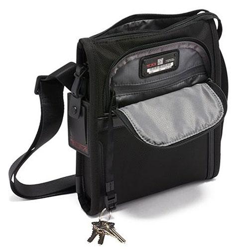 Прямоугольная сумка Tumi Alpha черного цвета, фото