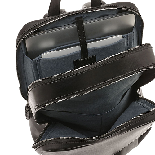 Черный минималистичный рюкзак The Bridge Williamsburg для ноутбука, фото