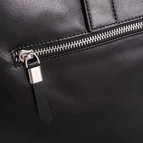 Сумка из гладкой кожи Amo Accessori Verona черного цвета с декоративными строчками, фото
