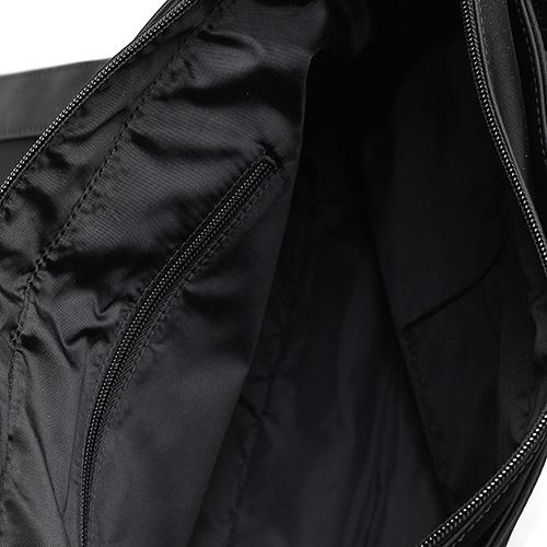 Сумка черного цвета Trussardi Jeans прямоугольной формы, фото