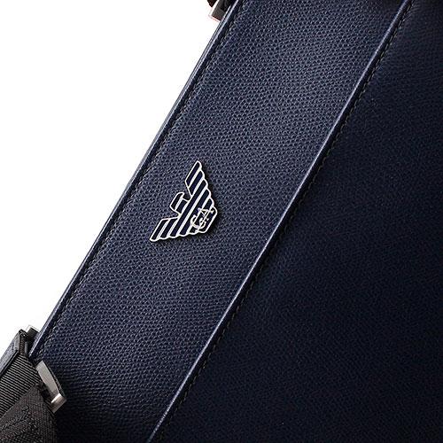 Сумка Emporio Armani из зернистой кожи синего цвета, фото