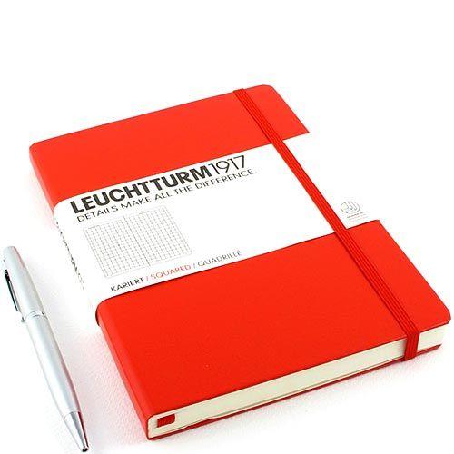 Средняя записная книжка Leuchtturm1917 красного цвета в клетку, фото