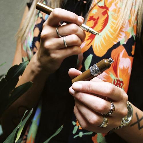 Роллеровая ручка Montegrappa Cigar Silver Лимитированная коллекция