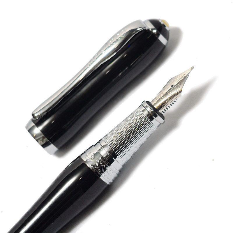 Перьевая ручка Duke 600 с латунным корпусом черного цвета