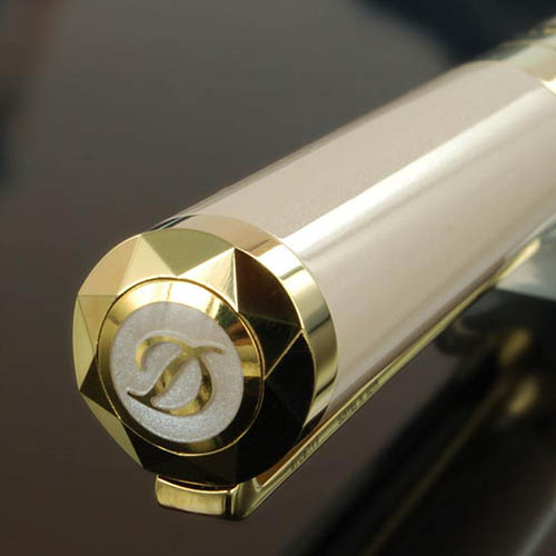 Перламутровая бежевая ручка S.T. Dupont Liberte Рearly с позолотой, фото