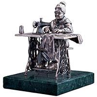 Статуэтка Оникс Бабушка-портниха, фото