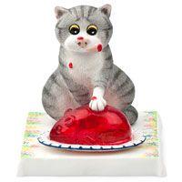 Кот ест вкусное желе Enesco, фото
