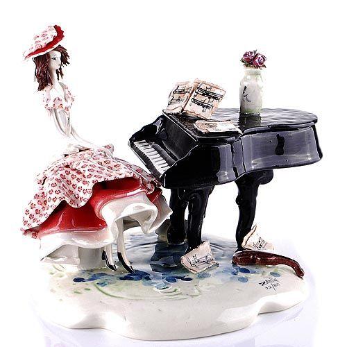 Статуэтка Zampiva «Дама у рояля», фото