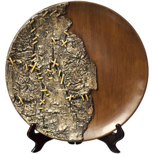 Декоративная тарелка Eterna с имитацией полированного дерева и необработанной коры, фото