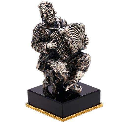 Скульптура Vizuri Аккордионист, фото