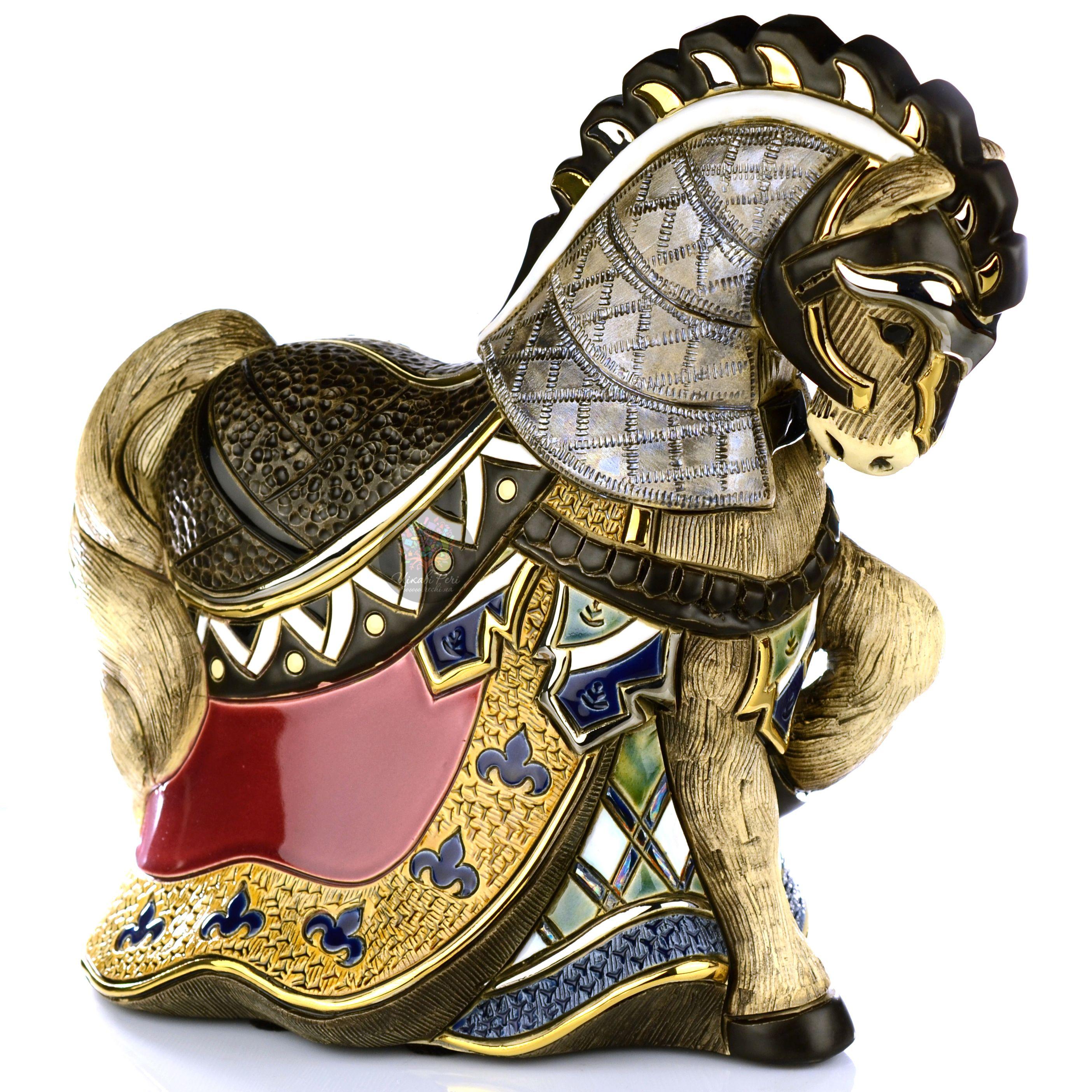 Фигурка De Rosa Rinconada Large Wildlife  Конь Турнирный красный (лимитированный выпуск 1000 шт)