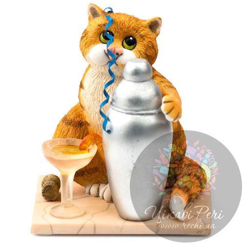 Кот с любимым коктейлем Enesco